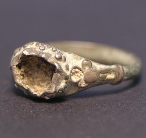 Roman Middle East Ring