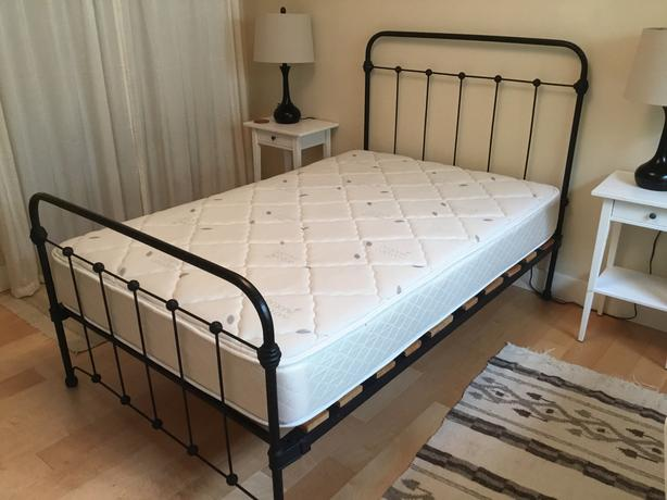 Antique Cast Iron 34 Bed Frame And Mattress Victoria City Victoria