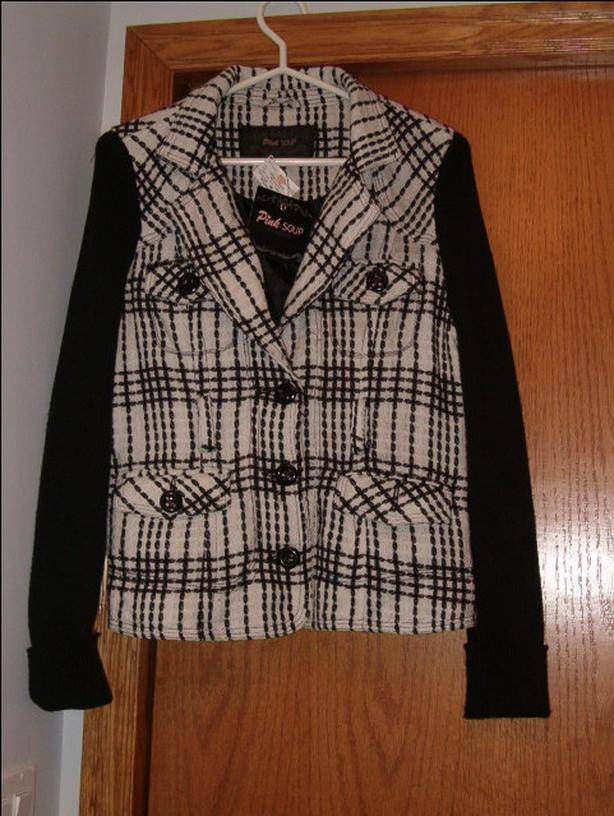 women's jacket or sweater , pink soup ,