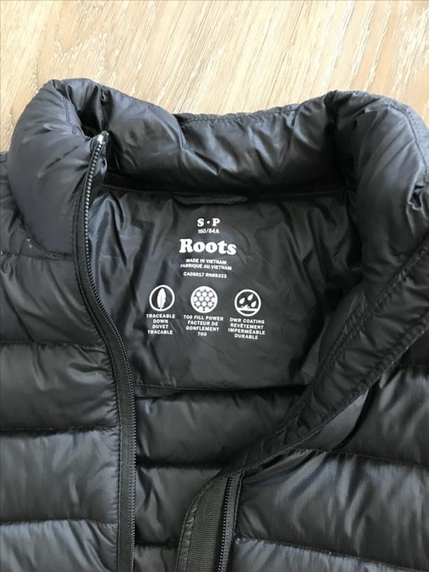 834ee8b55b4 Roots Canada Packable Down Jacket - Small, Black Victoria City, Victoria