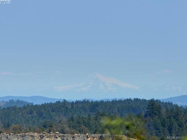 Bear Mountain Resort Lifestyle | Tennis | Golf | Hiking