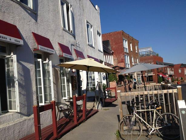Bistro restaurant facing Lachine Canal $9,000