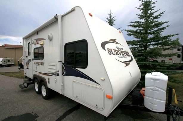 2011 FOREST RIVER SURVEYOR 189SFT
