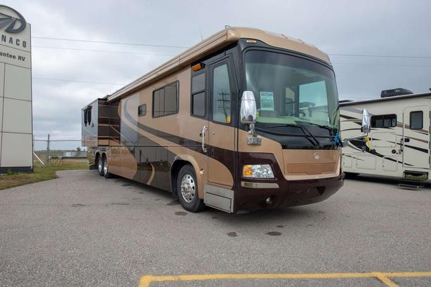 2005 MONACO SIGNATURE CONQUEST 44 NO DEALERSHIP FEES Available Now For $194,990
