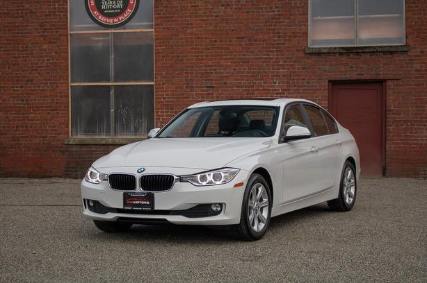 2012 BMW 320i Sedan - LOCAL BC VEHICLE!