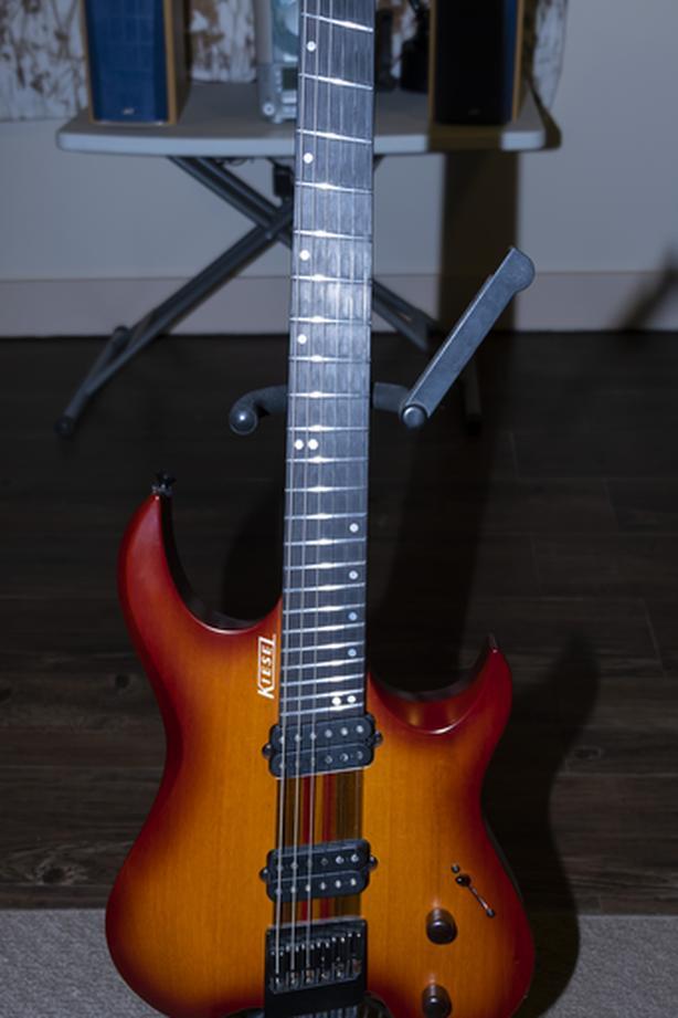 Vader M6 Headless Guitar by Kiesel Guitars