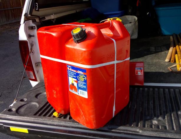 (2) 20L Fuel Can