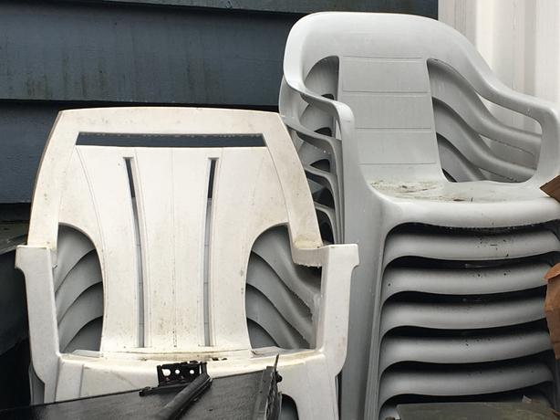 Free Outdoor Plastic Patio Chairs Saanich Victoria