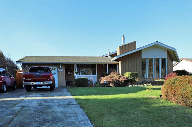 Family Home with Detached 600 sq.ft. Shop in Port Alberni