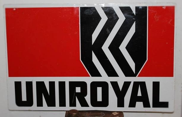 """VINTAGE 1970's UNIROYAL TIRES (14 X 22"""" INCH) METAL SIGN"""