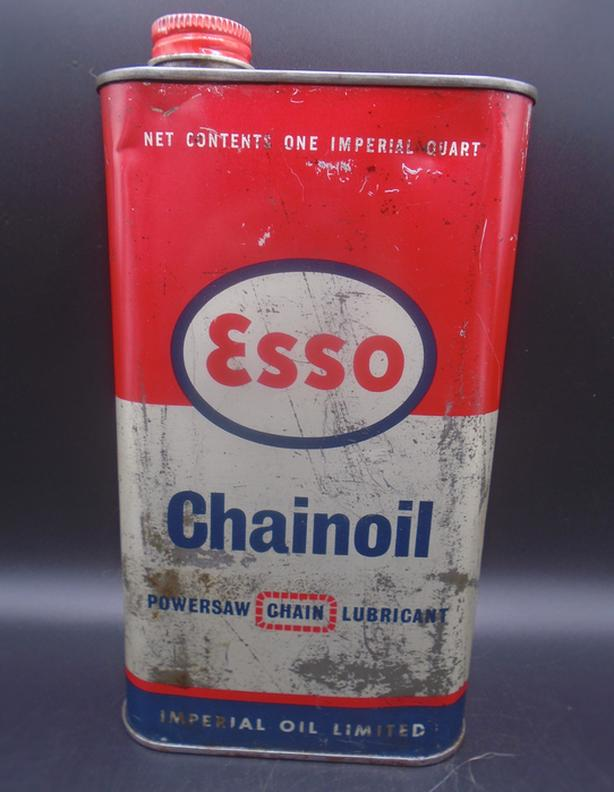 VINTAGE 1960's ESSO CHAINOIL POWERSAW CHAIN LUBRICANT QUART CAN