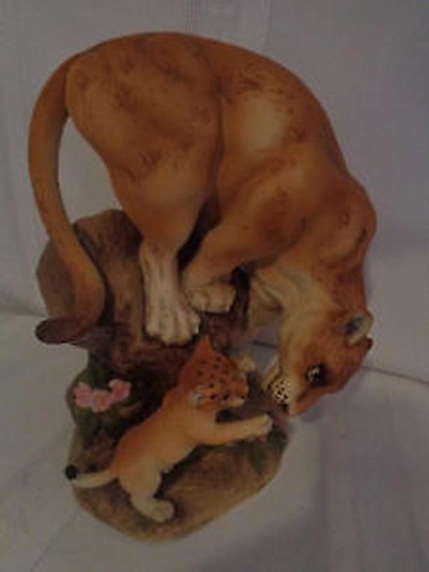 Cougar , wild cat ,Vintage Figurine