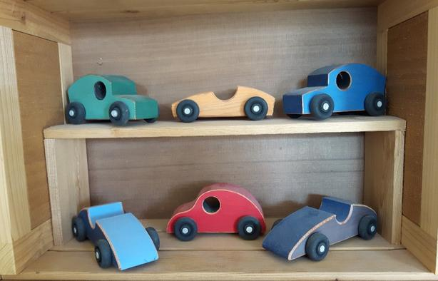VINTAGE WOODEN TOY CARS
