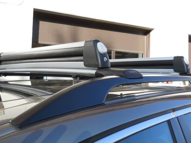 New Subaru (Thule) OEM ski snowboard carrier rack