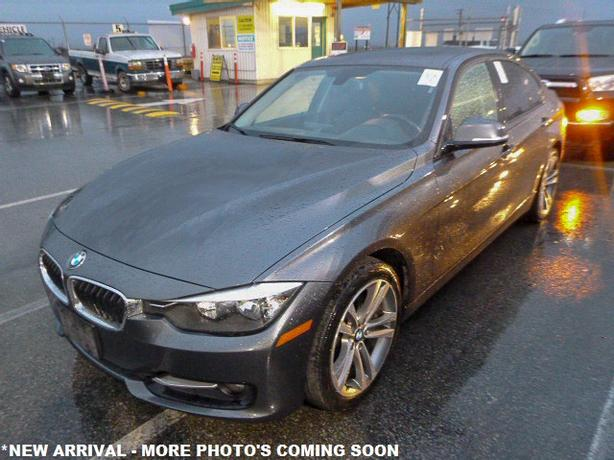 2014 BMW 320i xDrive Sedan - FULLY LOADED NAVIGATION!