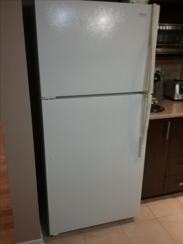 Maytag performance refrigerator
