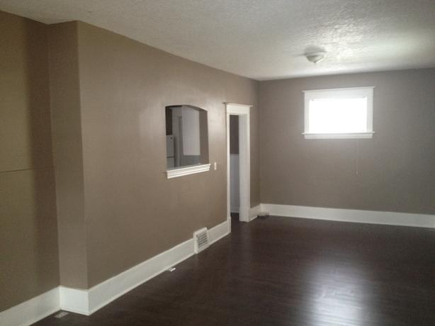 Newly renovated 3 bedroom with fully fenced yards