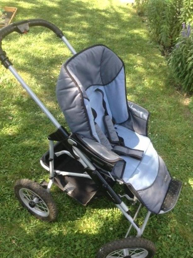 Baby stroller - Needs to go!