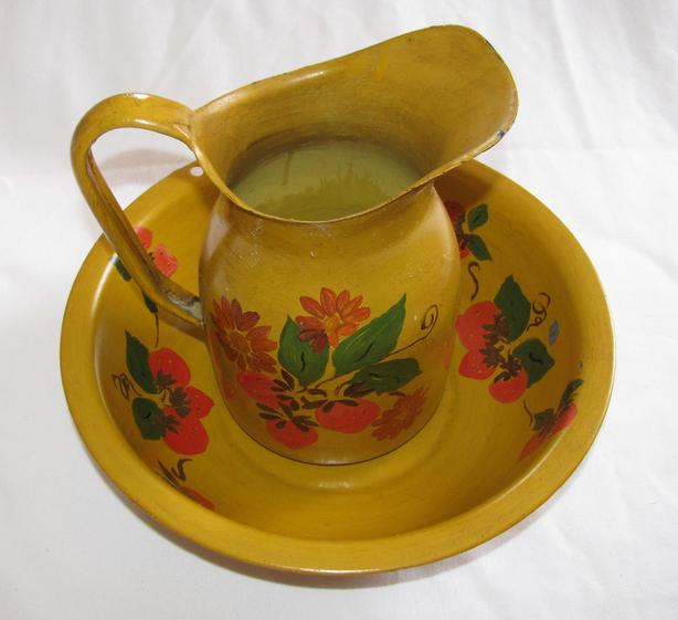 Yellow Painted Metal Pitcher & Basin Bowl 2PC Set Used