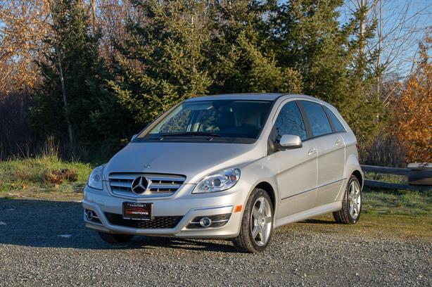 2011 Mercedes-Benz B200 Turbo - LOCAL BC HATCHBACK!