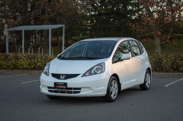 2013 Honda Fit LX - 42,*** KM! - NO ACCIDENTS!