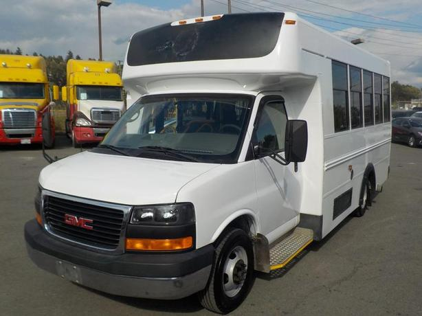 2009 GMC Savana G3500 13 Passenger Bus Diesel with Seatbelts and Wheelchair Acce
