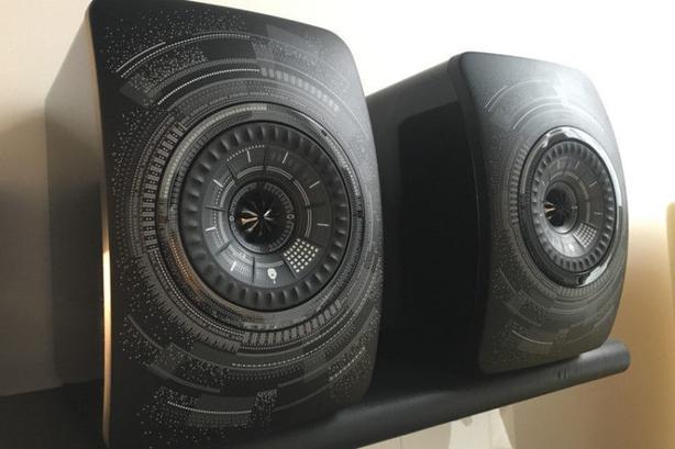 KEF LS50 Wireless Speakek