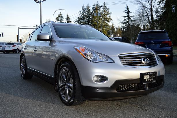 2015 Infiniti Qx50 AWD 3.7L / NO ACCIDENTS / LOCAL