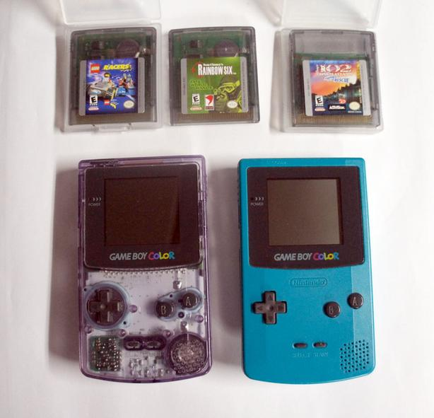 Two Nintendo GameBoy Color Console Clear and Blue turquoise + 3 games