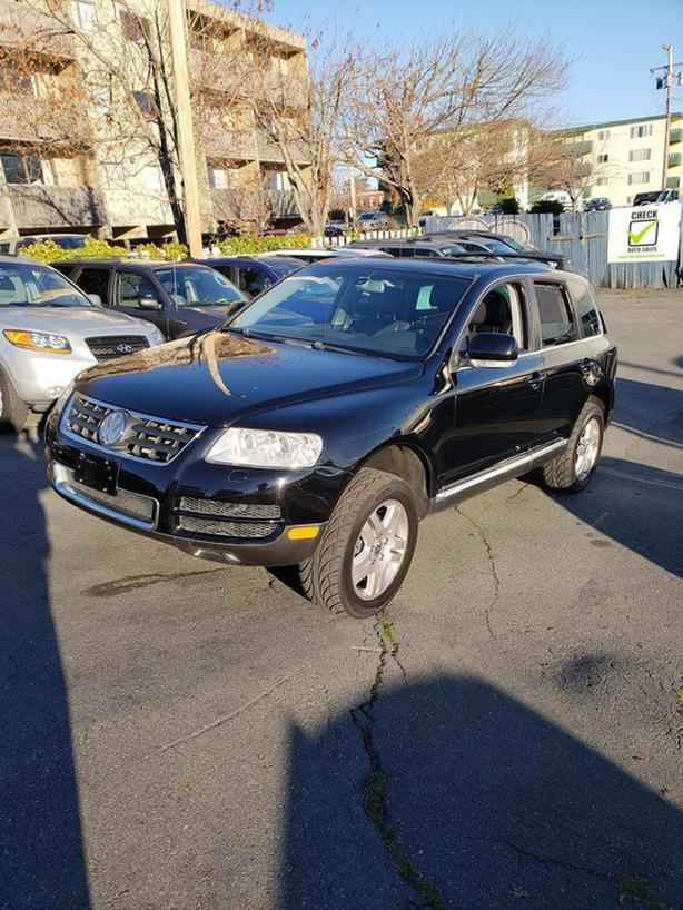 2005 VW TOUAREG ** WARRANTY INCLUDED ** only 97000 kms