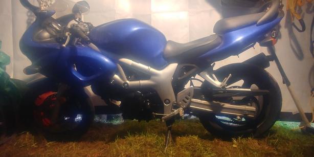 2000 Suzuki SV650S *price dropped!! Must sell!!!*