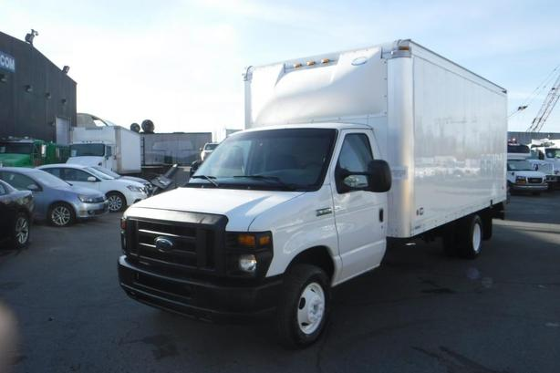 2008 Ford Econoline Diesel E-350 Super Duty 16 foot Cube Van with Ramp