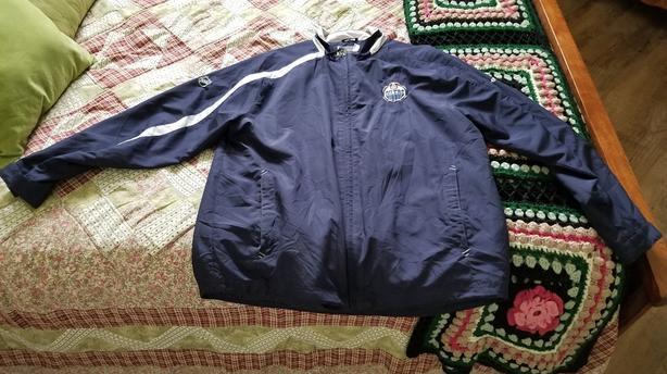 Men's Large Edmonton Oilers Jacket