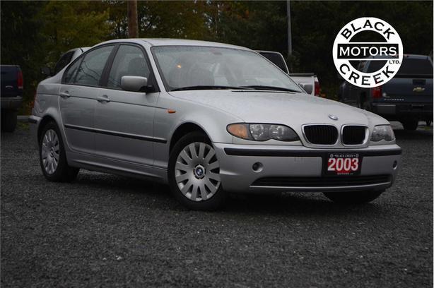 2003 BMW 320i i