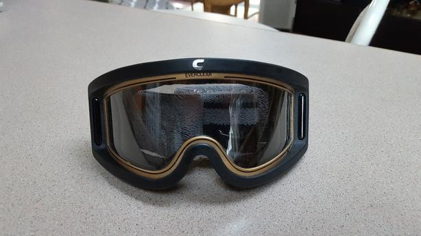 e1ad12331d4 Vintage Carrera Ski Goggles Saanich