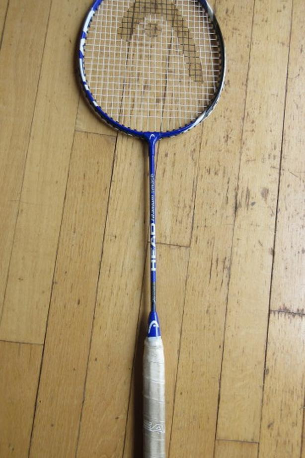 Head Titanium Smash badminton racket