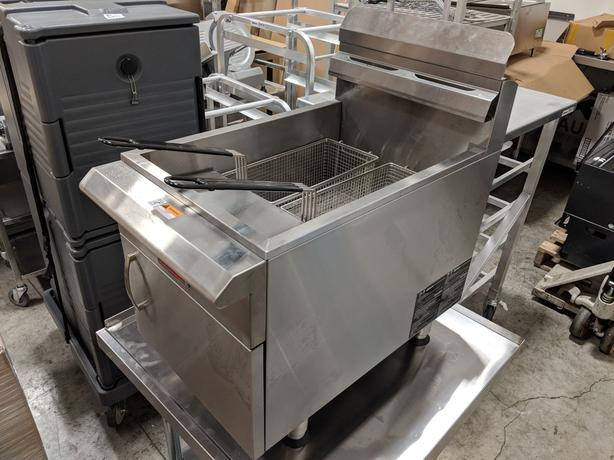 "Propane Fryer, 61"" Back Bar, Display Warmer – BEST OFFER"