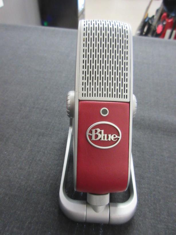 Blue Raspberry Microphone  **Money Maxx**