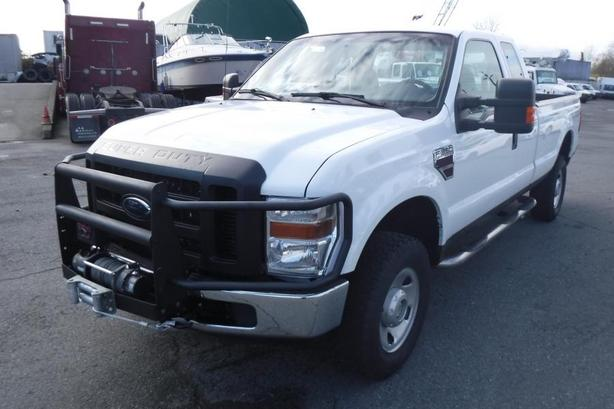 2009 Ford F-350 SD XL SuperCab Long Bed 4WD Diesel