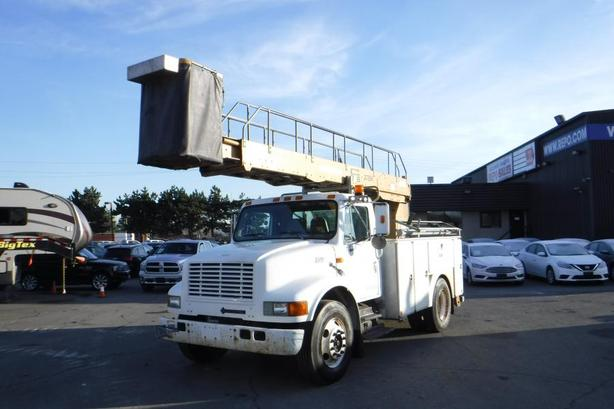 1999 International 4700 Bucket Truck Diesel With Air Brakes