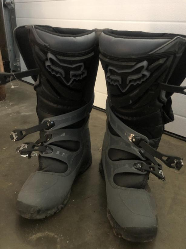 99ffa42d Fox comp5 offroad boots West Shore: Langford,Colwood,Metchosin ...