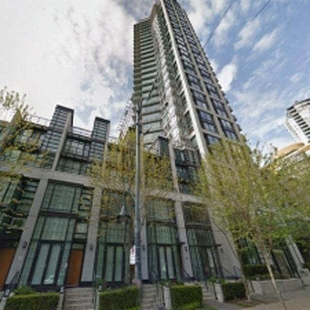 Modern Furnished Studio Apartment in Yaletown #727