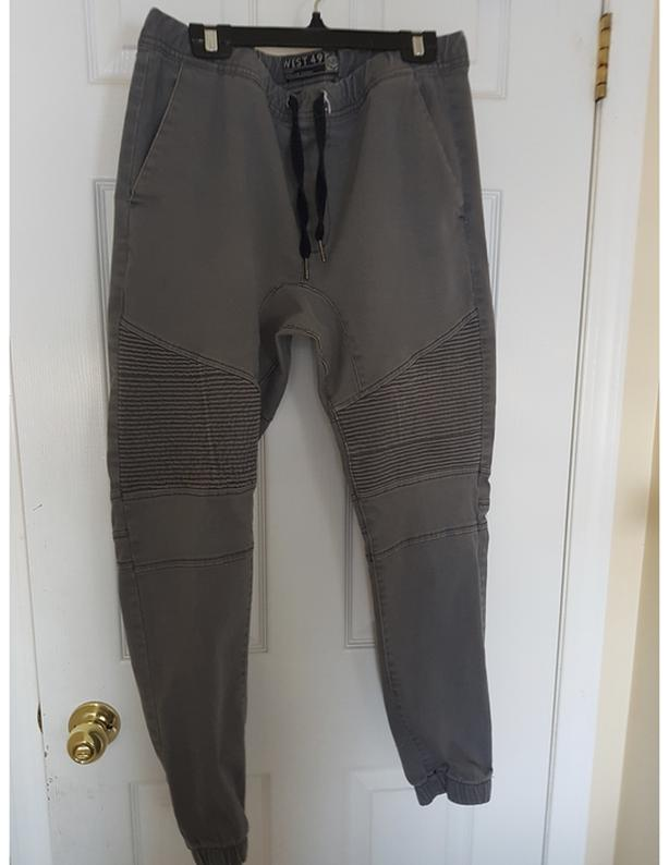 Grey Joggers (L)