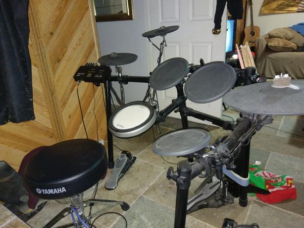 Electric drum kit yahama
