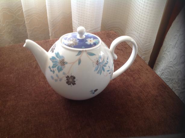 NEW Denby Monsoon Home Veronica Teapot