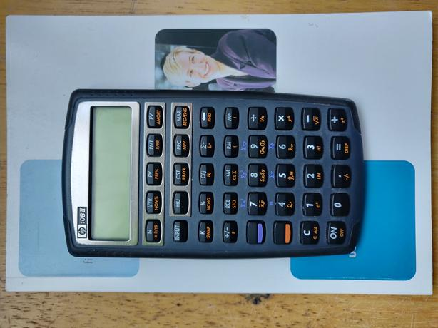 Used HP 10BII Financial Calculator, comes with Users Guide