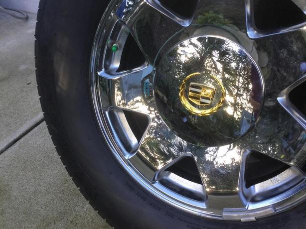 Brand new original rims for 2002 to 2006 Cadillac Escalade