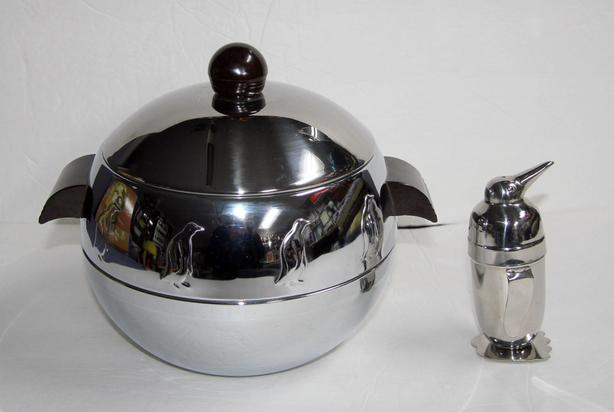 2 Vintage West Bend Penguin Hot Cold Insulated Server, Drink Mixer