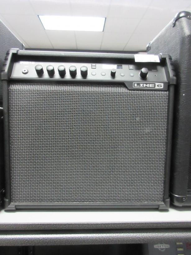 Line 6 Spider Amp **Money Maxx** Central Nanaimo, Nanaimo