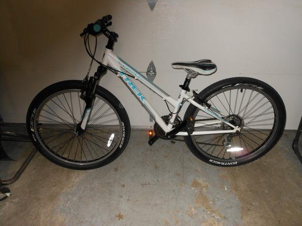 girls 820 trek bike